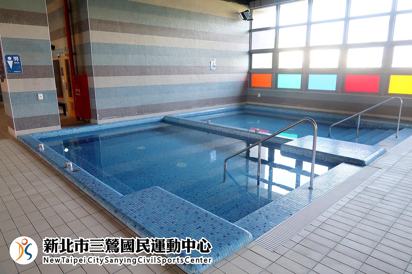 男女冷水池、熱水池(jpg)