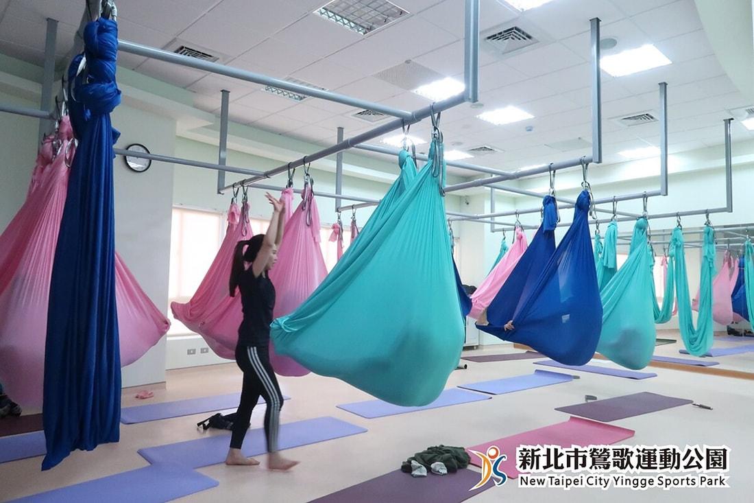 空中瑜珈上課情形(jpg)