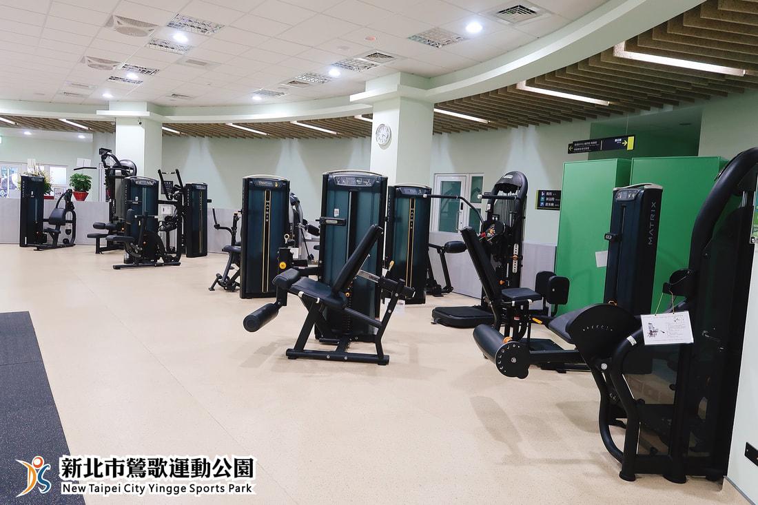體適能中心高規格且數量充足的全新健身器材(jpg)