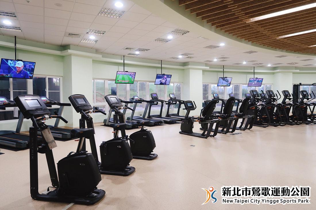 體適能中心腳踏機及跑步機(jpg)